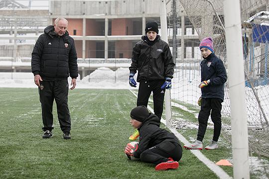 «Когда, извините, у тебя нет системы детско-юношеского спорта, ты понимаешь, что нет ни одного шанса, что ты вырастешь игрока и продашь его за 10 млн евро»