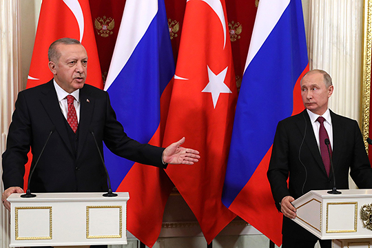 Турция считает Россию причастной к авианалету сирийских войск в Идлибе и обратилась за помощью к НАТО