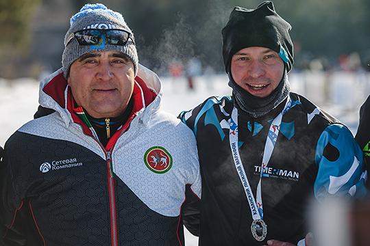 В 2019-м году федерация лыжных гонок и биатлона отказалась от биатлонной части, ее глава Ильшат Фардиев (слева) сообщил, что развивать оба вида спорта стало проблематично. Однако затем приставка «биатлон» вернулась в название федерации