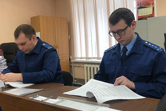 В пятницу, 28 февраля, чтобы не затягивать процесс, прокурор Руслан Губаев зачитал показания «прогулявшего» заседание гражданина Швейцарии, адвоката Kerdos AG Андреаса Одерматта