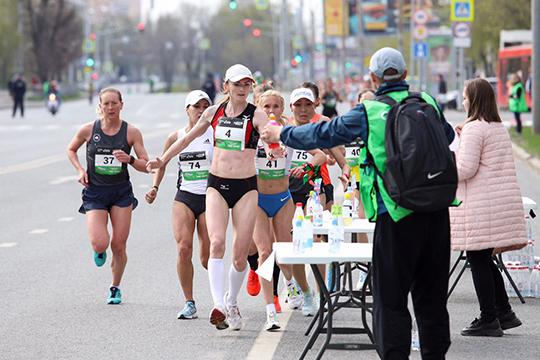 «Мы сохранили нашу главную «изюминку»: мужчины вновь будут пытаться догнать девушек на марафонской дистанции — представительницы прекрасного пола убегают со старта существенно раньше»