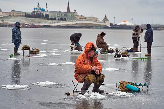 Из-за «венской» зимы, сезон рыбалки на льду тоже придется сократить
