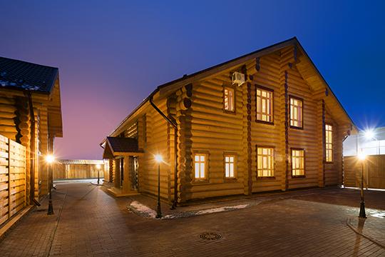 Каждый дом— сосвоим характером иколоритом: альпийское Шале, уютная Изба или изысканная Усадьба