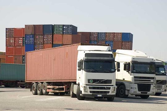 Первая открытая площадка для получения иотправки морских контейнеров начала работу вЧелнах