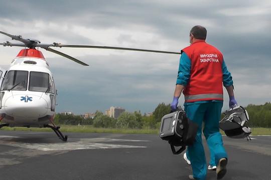 «По санавиации мы выполнили практически все показатели национального проекта: совершили 150 вылетов, были эвакуированы 146 пациентов в тяжелом состоянии в ВМП-центры»
