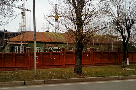 «Офицерский дом» — последний остаток от гражданских зданий пороховой слободы