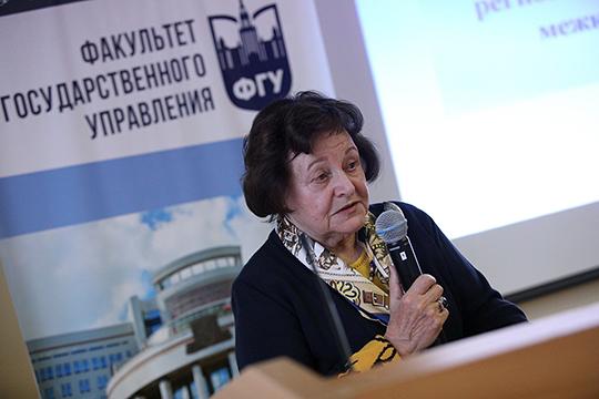 Леокадия Дробижева: «Люди голосуют за наши конституции, голосуют за наше правительство, когда его выбирают. Они себя чувствуют гражданами России, а не людьми какой-то национальности, одной или другой»