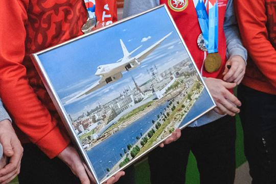 Ни для кого не секрет, что никакого серийного производства Ту-160М пока нет — есть только единственный полет первой опытной машины, созданной на основе самолета, совершившего первый полет в 1989 году