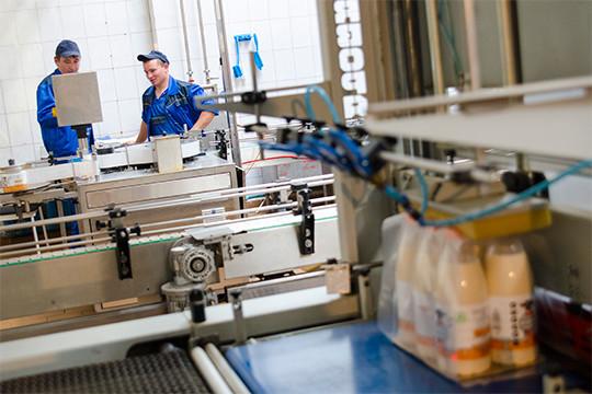 «Подетскому питанию мы определили нескольких поставщиков— Зеленодольский молочный комбинат идругие, они поставляют молоко пооптовой цене, чтобы наш продукт неоказался дорогим, иунас никаких замечанийнет»