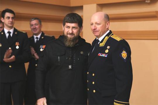 Вдекабре 2018 года Игорь Хвостиков удостоился высшей награды Чечни— ордена имени Ахмата Кадырова, его вручают завыдающиеся заслуги перед республикой