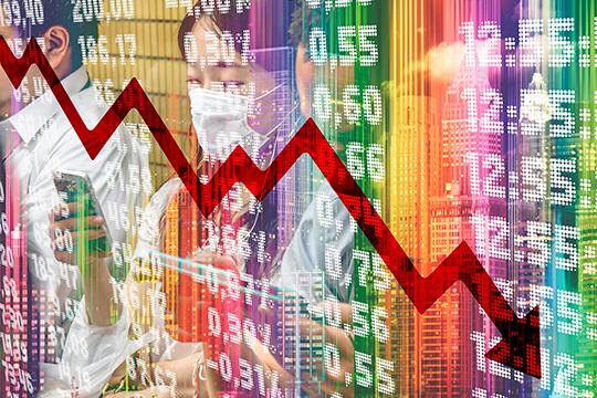 «Сейчас инфляция тоже подскочит. Из-за простоя производства, роста цен на бензин, транспортировку и прочие расходы вырастет и стоимость продукции»