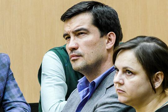 Мингазов витоге был оправдан по8 из10 эпизодов иполучил 4,5 года условно зарастратувверенного ему имущества