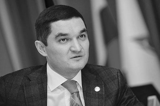 «Ходил ирадовался жизни, нинамека наболезнь…»: нестало Ирека Миннахметова