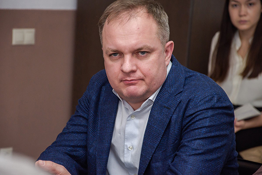 Сергей Боровских:«Мынадеемся, что все-таки слюдьми здесь будет полегче. Ихнадо убедить. Все-таки час туда, час обратно доЧелнов ездить— неудобно»,