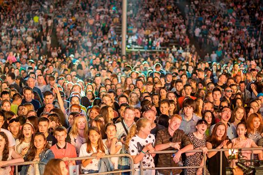 Во всех районах Татарстана либо отменяются, либо переносятся все мероприятия с массовым участием людей. «Если больше 50 участников, то позиционируем мероприятие как массовое», — уточнила Галимова