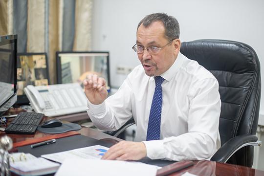 Ахат Галаутдинов обратился в УВД Челнов с просьбой возбудить уголовное дело в отношении лиц, создавших фейковый аккаунт в сети «ВКонтакте»