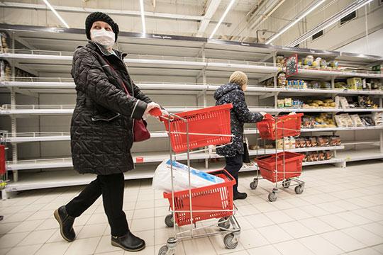 «Наше население всегда запасается впрок, нопродуктов, достаточно, все наконтроле упрезидента Татарстана»