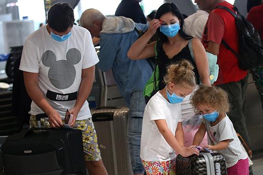 «Судьба решила испытать по полной»: коронавирус перекрыл казанским туристам дорогу домой