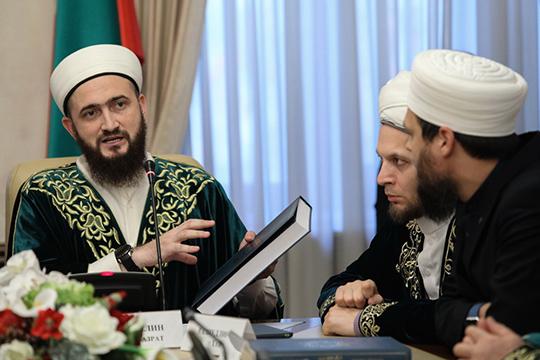 Камиль Самигуллин:«Решения, которые были приняты советом улемов ДУМ РТ, обсуждались неодин день. Когда выносили их, мыруководствовались основополагающими принципами исламского права»