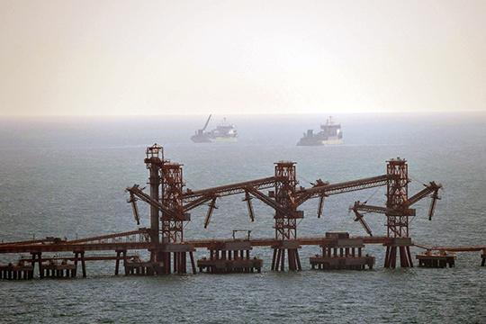 «Нефть, намой взгляд, недолжна стоить ниже 50 долларов забаррель вдолгосрочной перспективе, пока альтернативные источники энергии непобедят, ноэто все-таки еще несколько десятилетий»