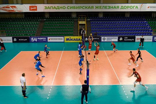 Во Всероссийской федерации волейбола (ВФВ) хотят завершить сезон матчами без зрителей. Например, в четверг в том же Новосибирске в таком формате прошёл матч полуфинал еврокубка «Локомотив» — «Зенит» СПб