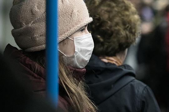 «Считайте сами,летом маска стоила 2 рубля 70 копеек, сегодня вКазани— около 40 рублей, вМоскве до100 рублейдоходит заодну маску. Наши производители очень много продали вКитай»