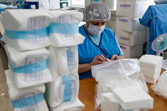 «ВРоссии два крупных производителя медицинский масок— компания «КИТ» и«Гекса». Европейские производители также предлагают нам свою продукцию. НовРФжесткая система регулирования»