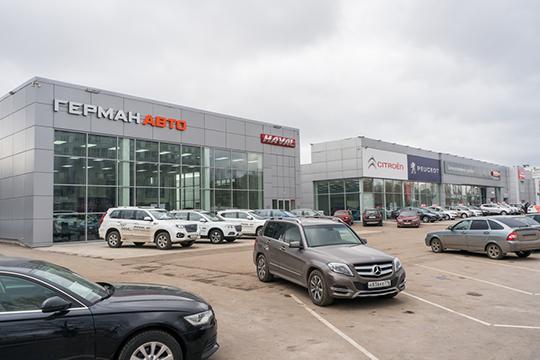 Руководитель отдела продаж автосалона «Герман-авто»— официального дилера марок Suzuki иHavalДинар Зайнуллинпояснил нашему изданию, что, покрайней мере, доапреля, цены наавтомобили марки Haval зафиксированы иповышений цен непланируется