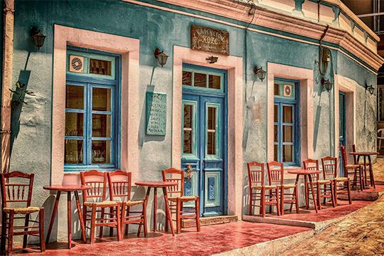 В Европе рестораны и кафе закрылись из-за угрозы распространения коронавируса