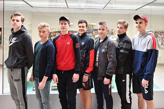 Основная идея конкурса втом, чтобы найти талантливых иодаренных ребят совсей России иподарить имвозможность попасть вбольшой спорт