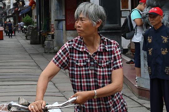 «Все зависит отколичества обследованных. Например, вЮжной Корее обследовали почти все население страны иоказалось, что летальность там меньше одного процента»