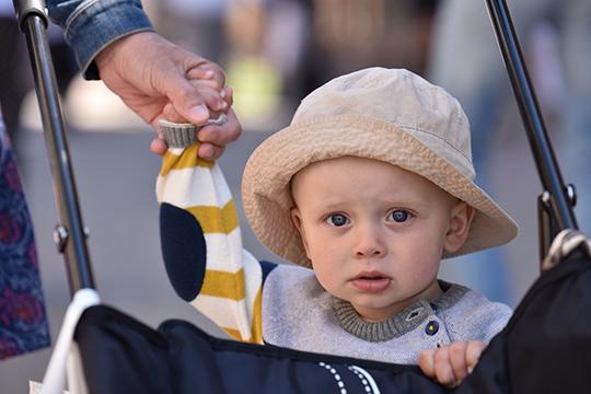 «Источником опневмококковой инфекции для пожилых людей обычно являются маленькие дети. Поэтому внастоящее время предусмотрена вакцинация детей раннего возраста отпневмококковой инфекции»