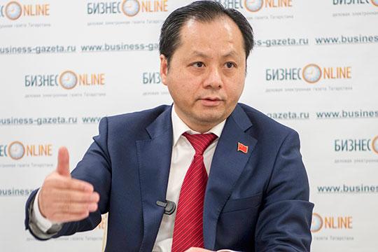 УИнцинь: «ВКитае все сидели дома инежаловались!»