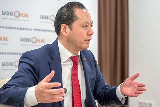 «Китай никогда не вмешивается во внутренние дела других стран»