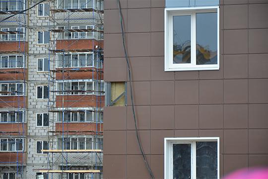 По словам Зарипова, на фоне нестабильности курса рубля намечается тенденция роста стоимости стройматериалов