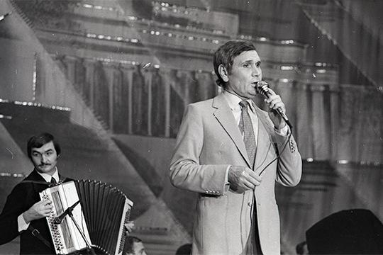 «Когда Шакиров начинал петь: «Идел ярларыына нурлар сибеп…»… Сразу хотелось жить и гордиться тем, что родился татарином»