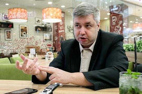 Дмитрий Голубовский: «При остановке экономики надолго людям банально станет нечего есть»