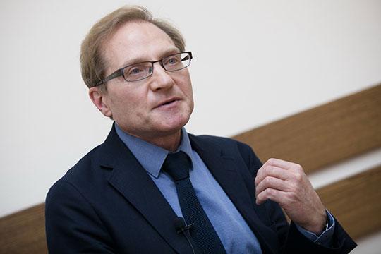 Михаил Дмитриев: «То, что происходит с ценами на нефть, уже давно вышло за пределы разногласий между Россией и ОПЕК по сдерживанию объемов выпуска»
