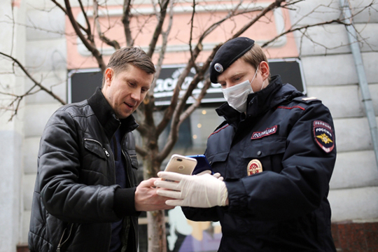 Зачем силовикам СМС-коды, кому кабмин раздал пропуска икак Сафаев добился свободы