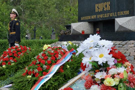 «В2000 году погибла подлодка «Курск». Явходил всостав следственной группы, нонезанимался основным расследованием, поскольку натот момент прослужил всегогод»