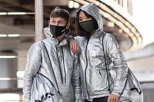 Подбрендом BarsSportвыпускаются бытовые маски, которые неявляются средствами индивидуальной защиты инетребуют обязательной сертификации