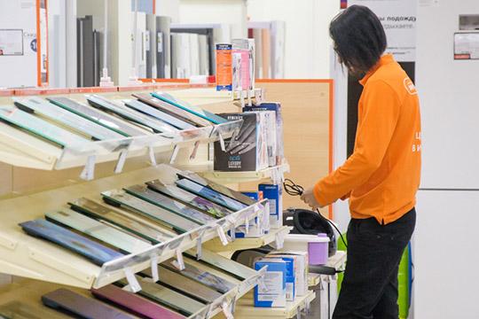 Уже сейчас остановили производство одежные бренды, офлайн-ритейлеры электроники сокращают персонал,. Ивосстановиться после кризиса этим сегментам будет гораздо труднее