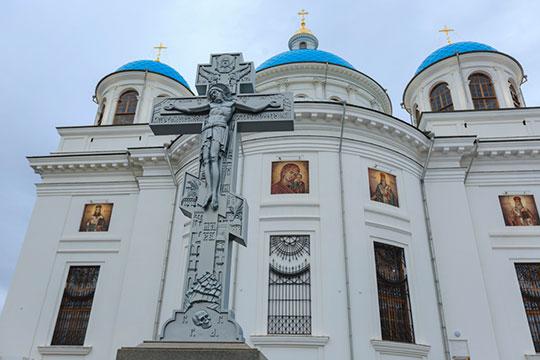 «Я глубоко убежден, что как некогда Казанская икона Божией Матери спасла Россию, так и воссозданный Казанский храм послужит её возрождению»