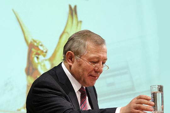 Экс-гендиректор ГК «ТАИФ» Альберт Шигабутдинов еще в июне 2019 года говорил о том, что компания может потерять до 130 млрд рублей, при этом встанет вопрос о дальнейшей судьбе нефтехимических компаний РТ