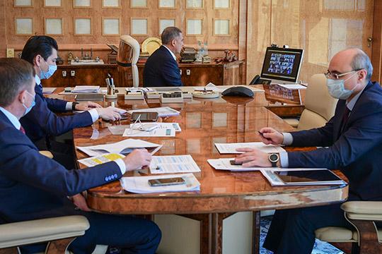 Более полумиллиона человек вРТ сейчас немогут работать, полагают авторы обращения, адресованного президенту РТРустаму Минниханову