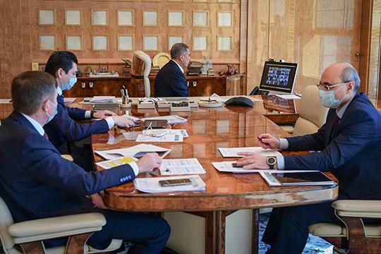 Рустам Минниханов: «Оперативное решение проблем предпринимательского сообщества— один изважных факторов делового климата изалог стабильности»