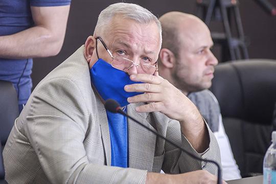 Владимир Алтухов:«Лучше я людям зарплату заплачу, чем 15-20 тысяч за закрытие счета. Можно ли без волокиты это сделать?»