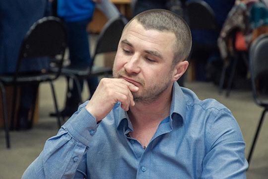 В миллион рублей оценил свой «Банкетный зал»Руслан Шакиров, владелец Столовой №67.Продает Шакиров ивторой свой бизнес— сеть фастфуда «САМСАмыч»