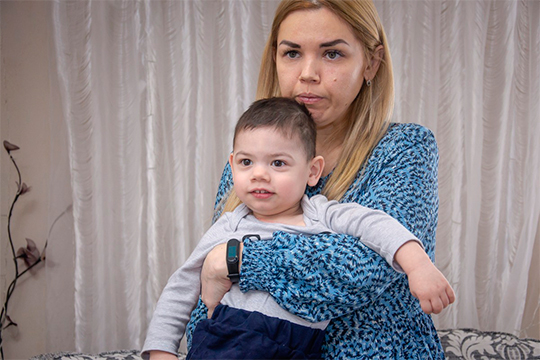 Вгод Дамиру поставили диагноз ДЦП, сейчас ему два года