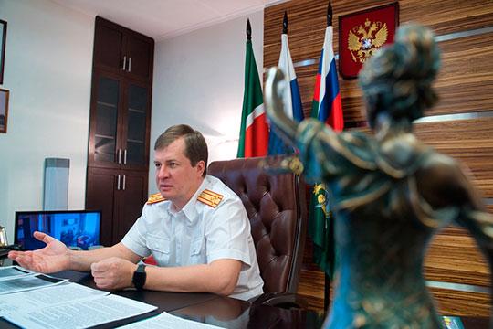 На этой неделе новый руководитель следственного комитета по Татарстану Валерий Липский произвел несколько долгожданных кадровых перестановок